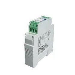 Transmetteur de température 4 20 mA isolé Rail DIN entrée universelle